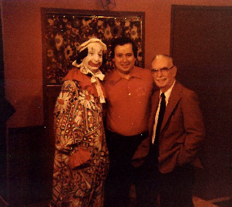 Alan with Mombo and Dr. Max, 1981